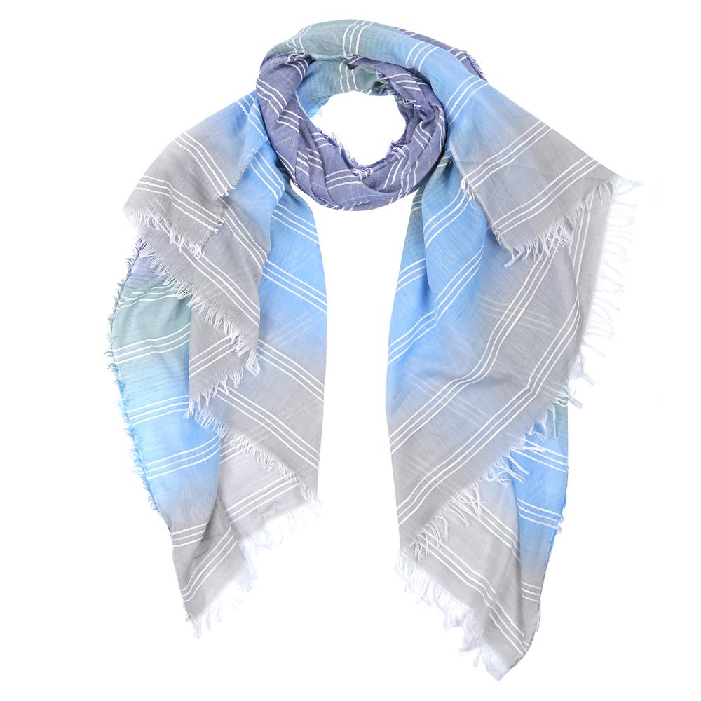 ШарфWJ9566-1Элегантный женский шарф от итальянского бренда Fabretti имеет неповторимую мягкость и легкость фактуры. Красочное сочетание цветов позволило дизайнерам создать изысканную модель, которая станет изюминкой любого весеннего образа.