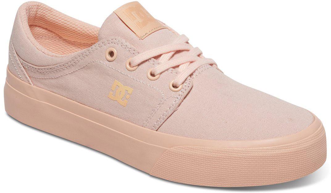 КедыADJS300078-DRTСтильные женские кеды DC Shoes Trase TX - отличный вариант на каждый день. Модель выполнена из текстиля. Шнуровка надежно фиксирует обувь на ноге. Резиновая подошва с протектором гарантирует отличное сцепление с поверхностью. В таких кедах вашим ногам будет комфортно и уютно.