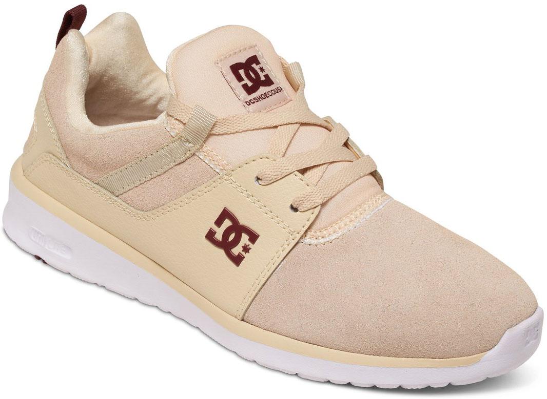 КроссовкиADJS700022-CREСтильные женские кроссовки DC Shoes Heathrow SE - отличный вариант на каждый день. Модель выполнена из натуральной кожи. Шнуровка надежно фиксирует обувь на ноге. Резиновая подошва с протектором гарантирует отличное сцепление с поверхностью. В таких кроссовках вашим ногам будет комфортно и уютно.
