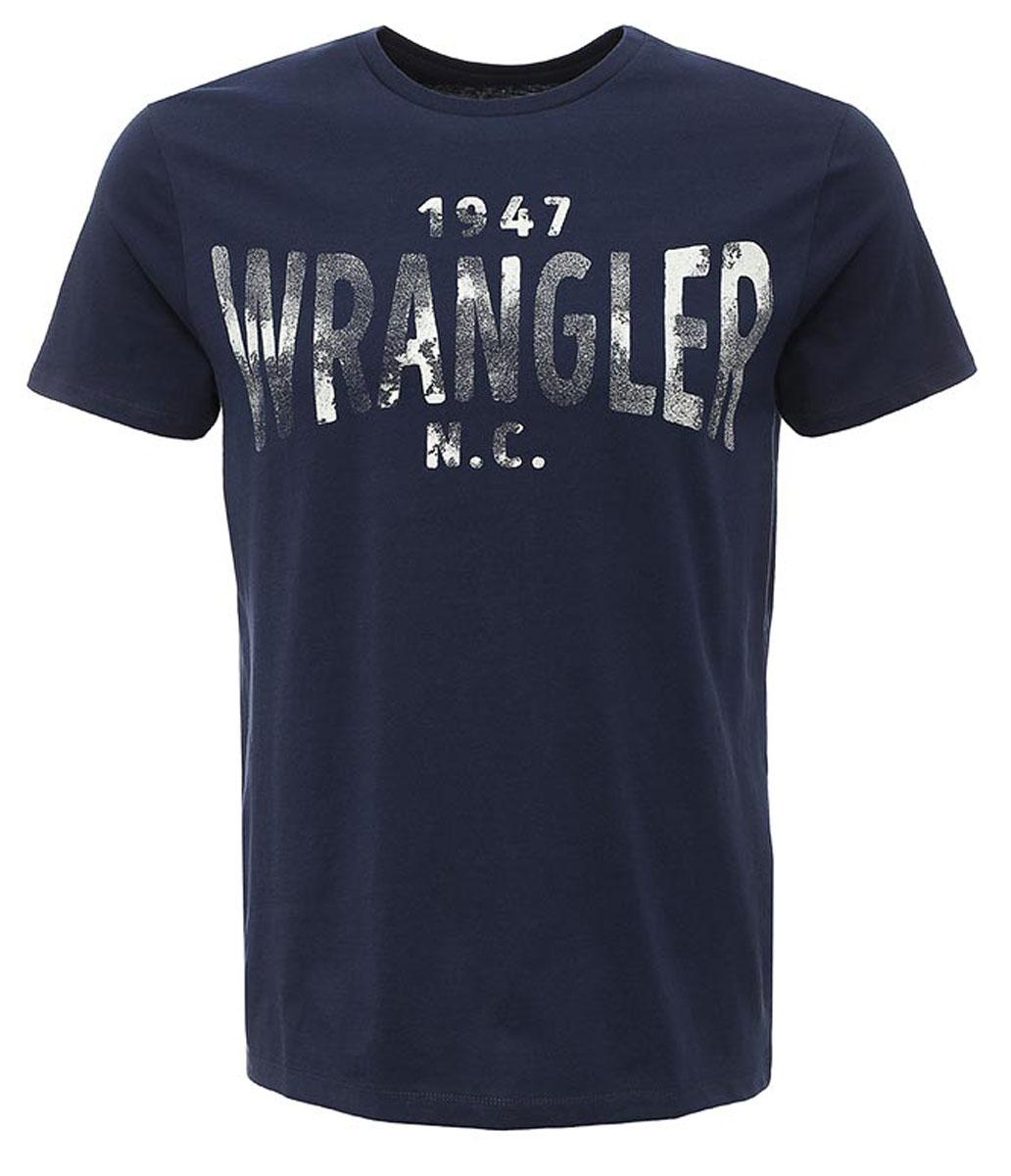 W7A51FK47Стильная мужская футболка Wrangler S/S Wrangler изготовлена из натурального хлопка. Модель с круглым вырезом горловины и короткими рукавами оформлена принтом с надписями.
