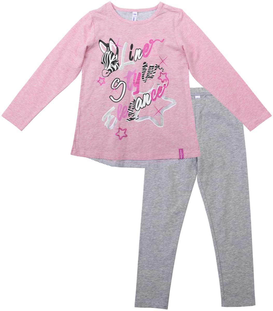 172072Комплект из футболки и брюк-леггинсов прекрасно подойдет как для домашнего использования, так и для прогулок на свежем воздухе. Мягкий, приятный к телу, материал не сковывает движений. Яркий стильный принт является достойным украшением данного изделия. Леггинсы на мягкой удобной резинке. Преимущества: Свободный классический крой не сковывает движения ребенка Подходит в качестве базовой вещи для повседневного гардероба Яркий стильный принт