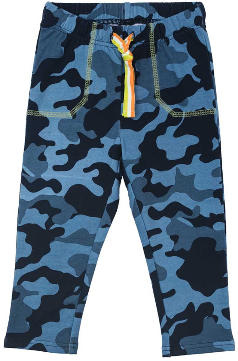Брюки177061Удобные брюки стильной расцветки камуфляж смогут быть одной из базовых вещей в гардеробе Вашего ребенка. Модель на широкой резинке, дополнительно снабжена регулируемым шнуром - кулиской контрастного цвета.