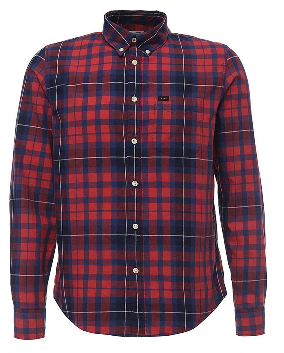 L880JPSKМужская рубашка Lee Button Down изготовлена из натурального хлопка. Модель с длинными рукавами имеет на груди один накладной карман. Рубашка застегивается пуговицы. Отложной воротник и манжеты рукавов оснащены застежками-пуговицами. Низ модели закруглен.