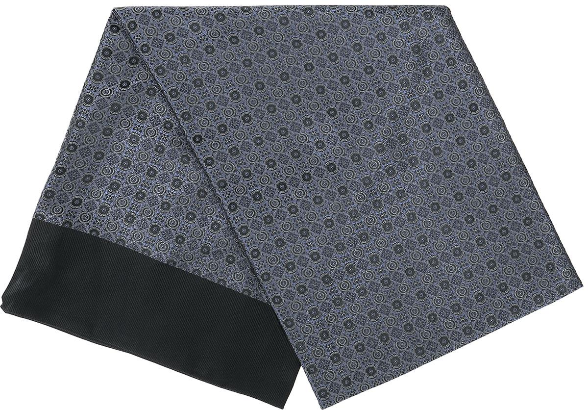 ШарфRo02G138-3050-5Стильный шарф Vittorio Richi изготовлен из полиэстера и шелка. Двусторонний текстильный шарф оформлен мелким рисунком. Края выполнены из однотонной ткани.
