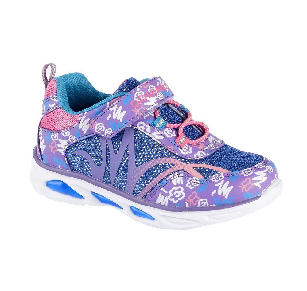 Кроссовки71K-BK-0043Модные кроссовки для девочки от Flamingo, выполненные из текстиля и искусственной кожи, оформлены оригинальным принтом. Подкладка из текстиля не натирает. Стелька из натуральной кожи комфортна при движении. Ремешок с застежкой-липучкой и эластичная шнуровка надежно зафиксируют модель на ноге. Подошва дополнена рифлением.