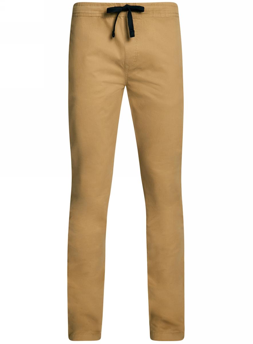 Брюки2L100081M/46238N/3300NМужские брюки oodji Lab выполнены из высококачественного материала. Модель стандартной посадки в поясе дополнена шнурком. Спереди брюки дополнены втачными карманами, сзади - прорезными на пуговицах.