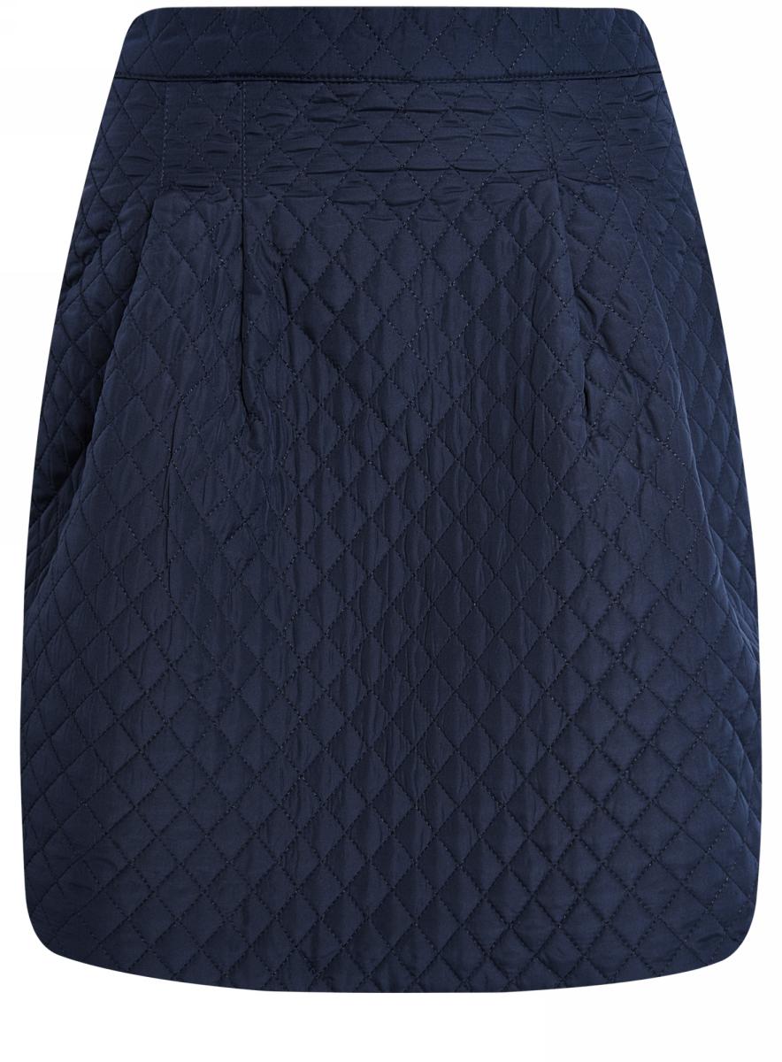 Юбка11600360-1/38325/7900NСтеганая расклешенная юбка выполнена из фактурной ткани. Сзади модель застегивается на застежку-молнию.