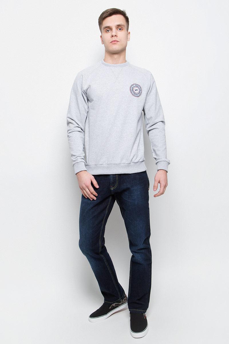 Джинсы265121_09300, Blue denim Vortex str., w.darkМужские джинсы F5 выполнены из высококачественного хлопка с добавлением спандекса. Джинсы прямого кроя и стандартной посадки застегиваются на пуговицу в поясе и ширинку на молнии, дополнены шлевками для ремня. Джинсы имеют классический пятикарманный крой: спереди модель дополнена двумя втачными карманами и одним маленьким накладным кармашком, а сзади - двумя накладными карманами.