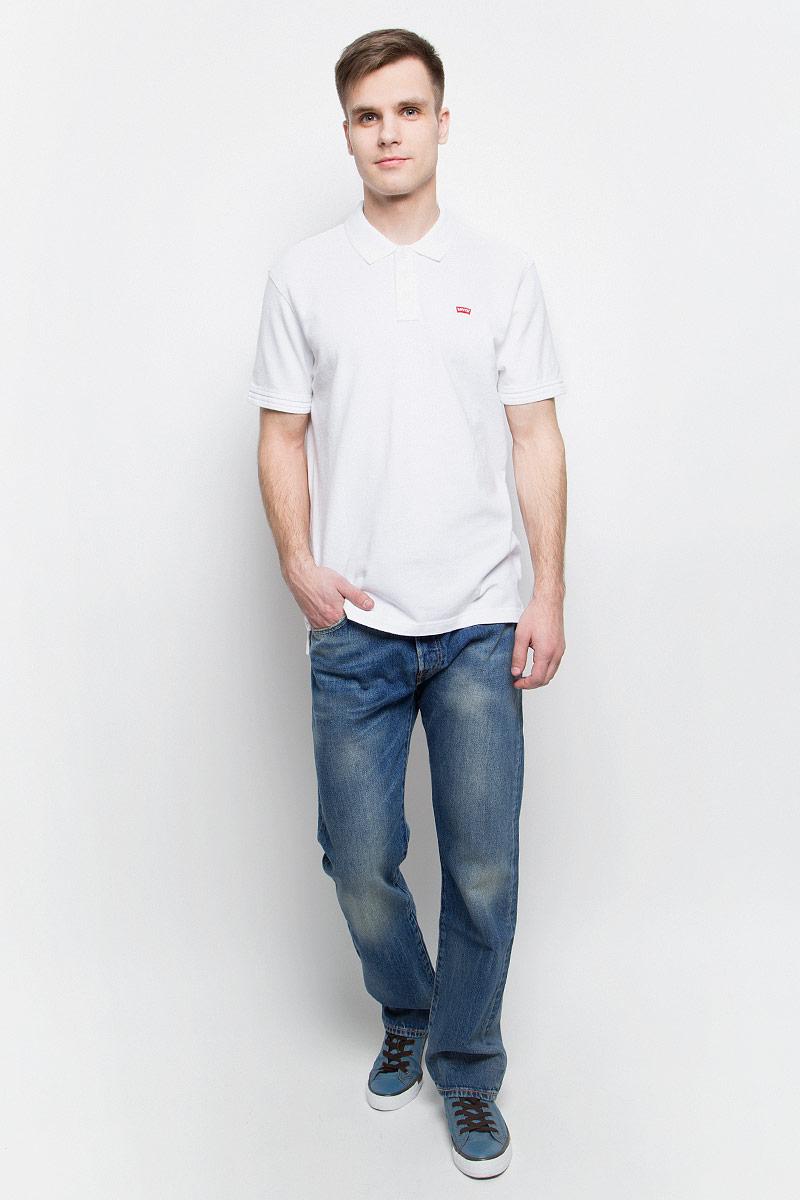 Джинсы0050123750Мужские джинсы Levis® изготовлены из качественного натурального хлопка. Джинсы средней посадки застегиваются на металлические пуговицы. На поясе имеются шлевки для ремня. Спереди модель дополнена двумя втачными карманами и одним небольшим накладным кармашком, а сзади - двумя накладными карманами. Модель оформлена эффектом потертости.