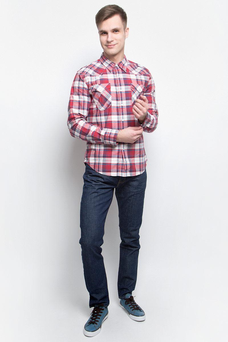 Рубашка6581602170Мужская рубашка Levis® изготовлена из натурального льна с добавлением хлопка. Модель с длинными рукавами имеет на груди два накладных кармана под клапанами на кнопках. Рубашка застегивается на кнопки и пуговицу на воротничке. Манжеты рукавов оснащены застежками-кнопками. Низ изделия закруглен.