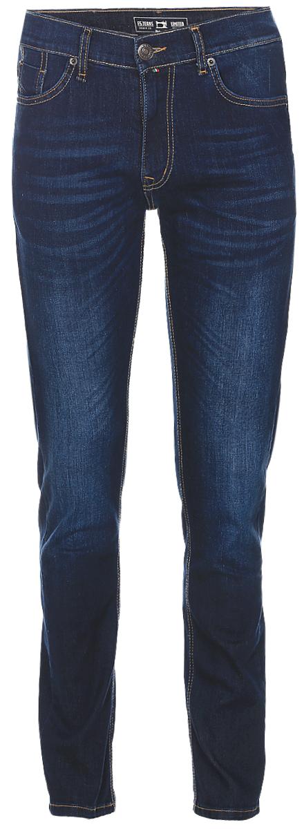 Джинсы265127_09348, Blue denim Davils play str., w.darkМужские джинсы F5 Davils Play выполнены из высококачественного эластичного хлопка с добавлением полиэстера. Джинсы-слим стандартной посадки застегиваются на пуговицу в поясе и ширинку на застежке-молнии, дополнены шлевками для ремня. Джинсы имеют классический пятикарманный крой: спереди модель дополнена двумя втачными карманами и одним маленьким накладным кармашком, а сзади - двумя накладными карманами. Модель украшена декоративными потертостями.