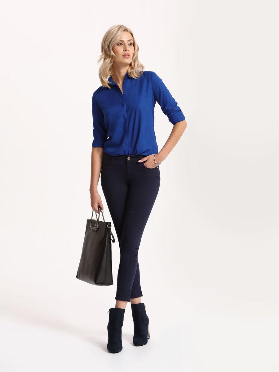 РубашкаSKL2221NIРубашка женская Top Secret выполнена из 100% вискозы. Модель с отложным воротником застегивается на пуговицы.