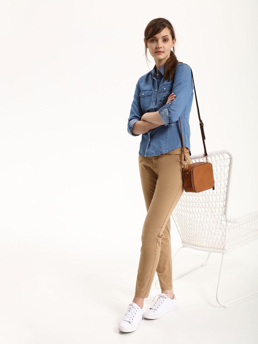 БрюкиSSP2476BEСтильные женские брюки Top Secret - брюки высочайшего качества на каждый день, которые прекрасно сидят. Модель изготовлена из высококачественного комбинированного материала. Эти модные и в тоже время комфортные брюки послужат отличным дополнением к вашему гардеробу. В них вы всегда будете чувствовать себя уютно и комфортно.