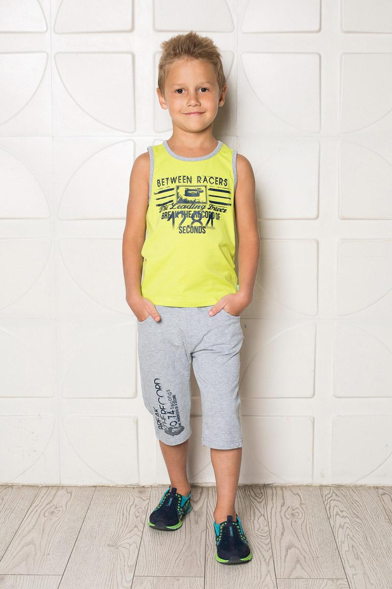 Бриджи/капри713097Стильные бриджи для мальчика Sweet Berry выполнены из мягкого трикотажного материала и оформлены модным принтом. Модель прямого кроя имеет пояс на мягкой резинке, дополнительно регулируемый шнурком. Спереди изделие дополнено двумя втачными карманами.