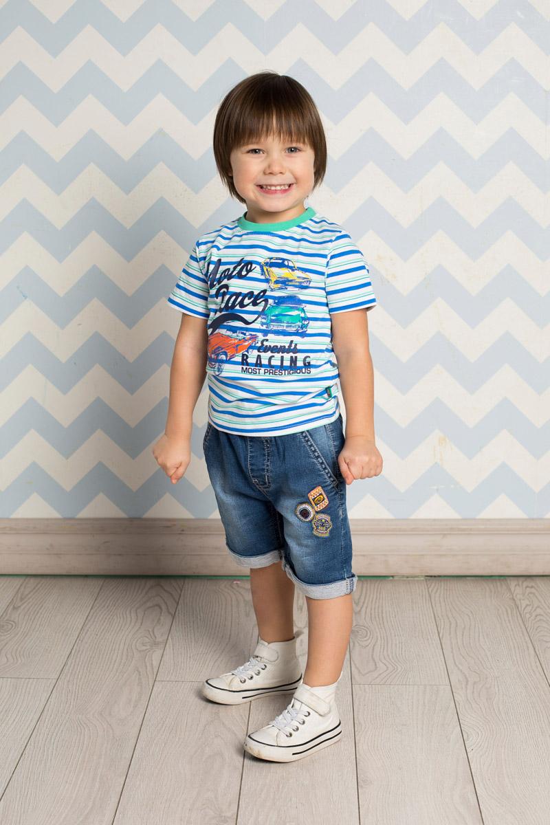 Бриджи/капри711013Стильные джинсовые бриджи для мальчика Sweet Berry выполнены из мягкого материала с эффектом потертости. Бриджи с отворотами имеют пояс на мягкой резинке, дополнительно регулируемый шнурком. Модель спереди дополнена двумя прорезными карманами и оформлена оригинальной аппликацией.