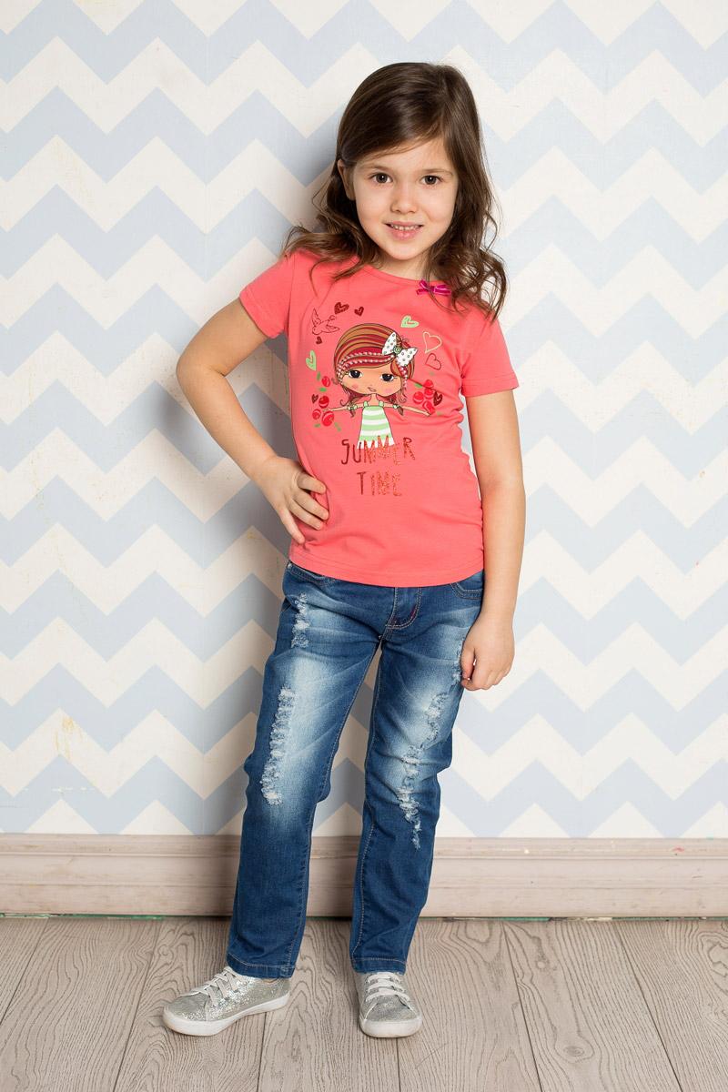 Джинсы714173Стильные джинсы для девочки Sweet Berry выполнены из эластичного хлопка с эффектом потертости и разрывов. Джинсы зауженного кроя и стандартной посадки на талии застегиваются на пуговицу и имеют ширинку на застежке-молнии. Модель представляет собой классическую пятикарманку: два втачных и один маленький накладной кармашек спереди и два накладных кармана сзади. На поясе имеются шлевки для ремня. С внутренней стороны пояс дополнен вшитыми эластичными лентами, регулирующими посадку по талии. Накладные кармашки сзади украшены вышивкой и стразами.