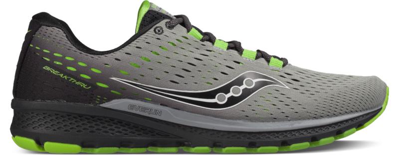 КроссовкиS20358-2Мужские кроссовки Saucony Breakthru 3 - ультралегкие беговые кроссовки с поддержкой стопы. Верх выполнен из специальной воздухопроницаемой сетки, отличающейся эластичностью и легкостью для более динамичного движения. Шнуровка надежно фиксирует обувь на ноге и позволяет отрегулировать объем. IBR+ увеличенный по боковому краю придает дополнительную устойчивость каждому шагу. Модель Breakthru 3 теперь с дополнительным слоем из EVERUN, расположенным прямо под стелькой. Подошва с технологией TRI-FLEX в сочетании с материалом EVERUN увеличивают распределение нагрузки по большей площади поверхности, одновременно обеспечивая оптимальную гибкость и сцепление.