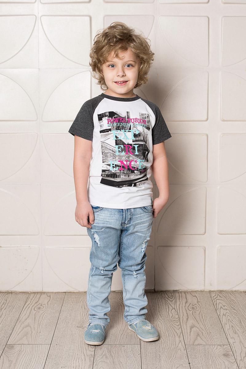 Футболка713114Яркая футболка для мальчика Sweet Berry, выполненная из качественного эластичного хлопка, станет отличным дополнением к детскому гардеробу. Модель с круглым вырезом горловины оформлена оригинальным принтом. Рукава-реглан и мягкая резинка на воротнике выполнены из материала контрастного цвета.