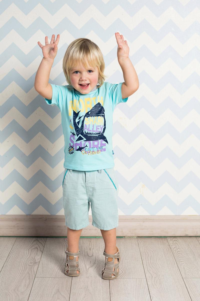 Футболка711046Яркая футболка для мальчика Sweet Berry, выполненная из качественного эластичного хлопка, станет отличным дополнением к детскому гардеробу. Модель с круглым вырезом горловины оформлена оригинальным принтом. Воротник дополнен мягкой трикотажной резинкой контрастного цвета.