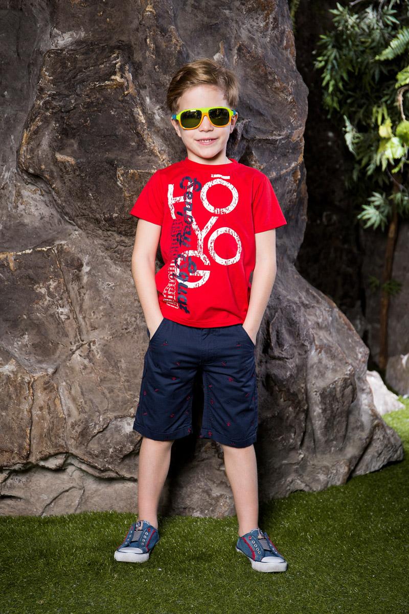 Футболка713011Яркая футболка для мальчика Sweet Berry, выполненная из качественного эластичного хлопка, станет отличным дополнением к детскому гардеробу. Модель с круглым вырезом горловины оформлена оригинальным принтом. Воротник дополнен мягкой трикотажной резинкой.