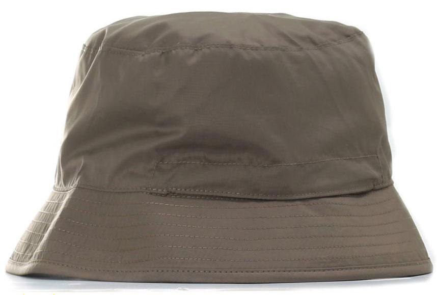 ПанамаT0CGZ0FMKЛегкая летняя панама The North Face Sun Stash Hat выполнена из 100% полиэстера с защитой от ультрафиолетового излучения. Она легко сворачивается и убирается в карман. Двухсторонняя панама оформлена надписью с названием бренда. Такая панама пригодится в любом путешествии и не сильно добавит вес.