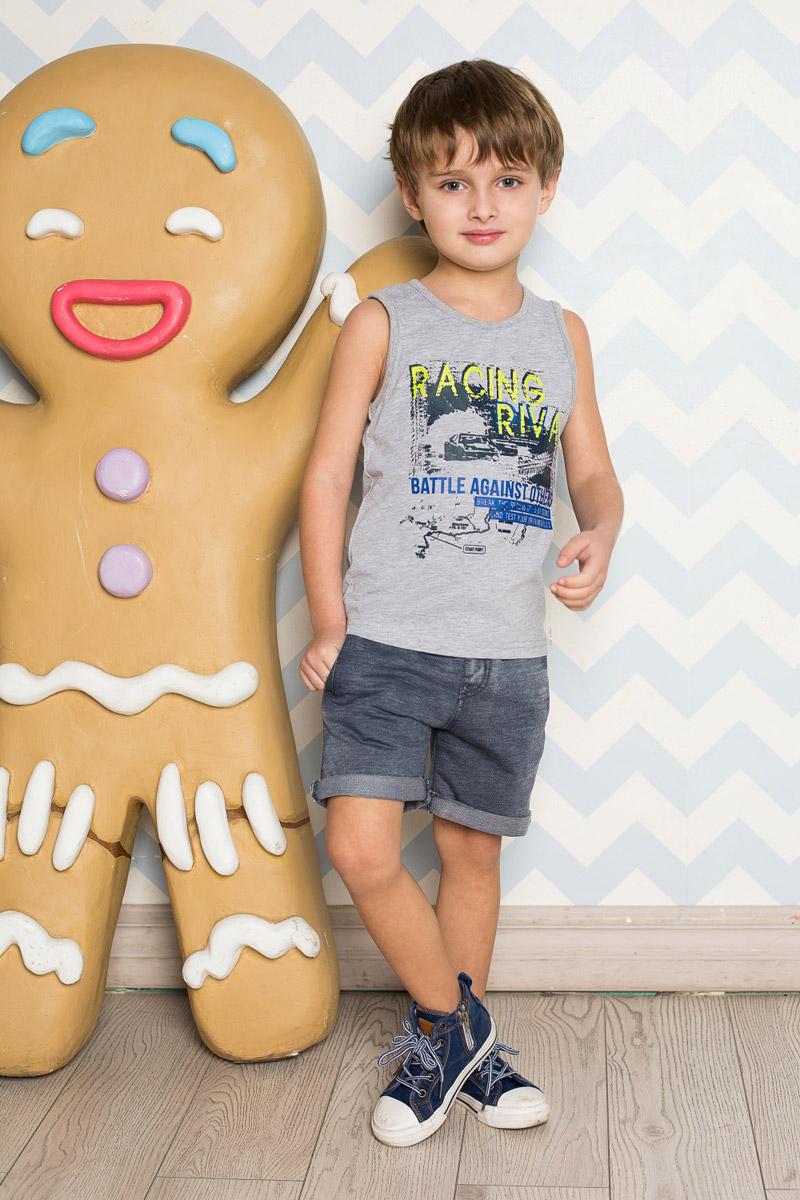 Шорты713099Стильные шорты для мальчика Sweet Berry выполнены из мягкого трикотажного материала с эффектом потертостей. Модель с отворотами имеет пояс на мягкой резинке, дополнительно регулируемый шнурком. С боков изделие дополнено двумя прорезными карманами.