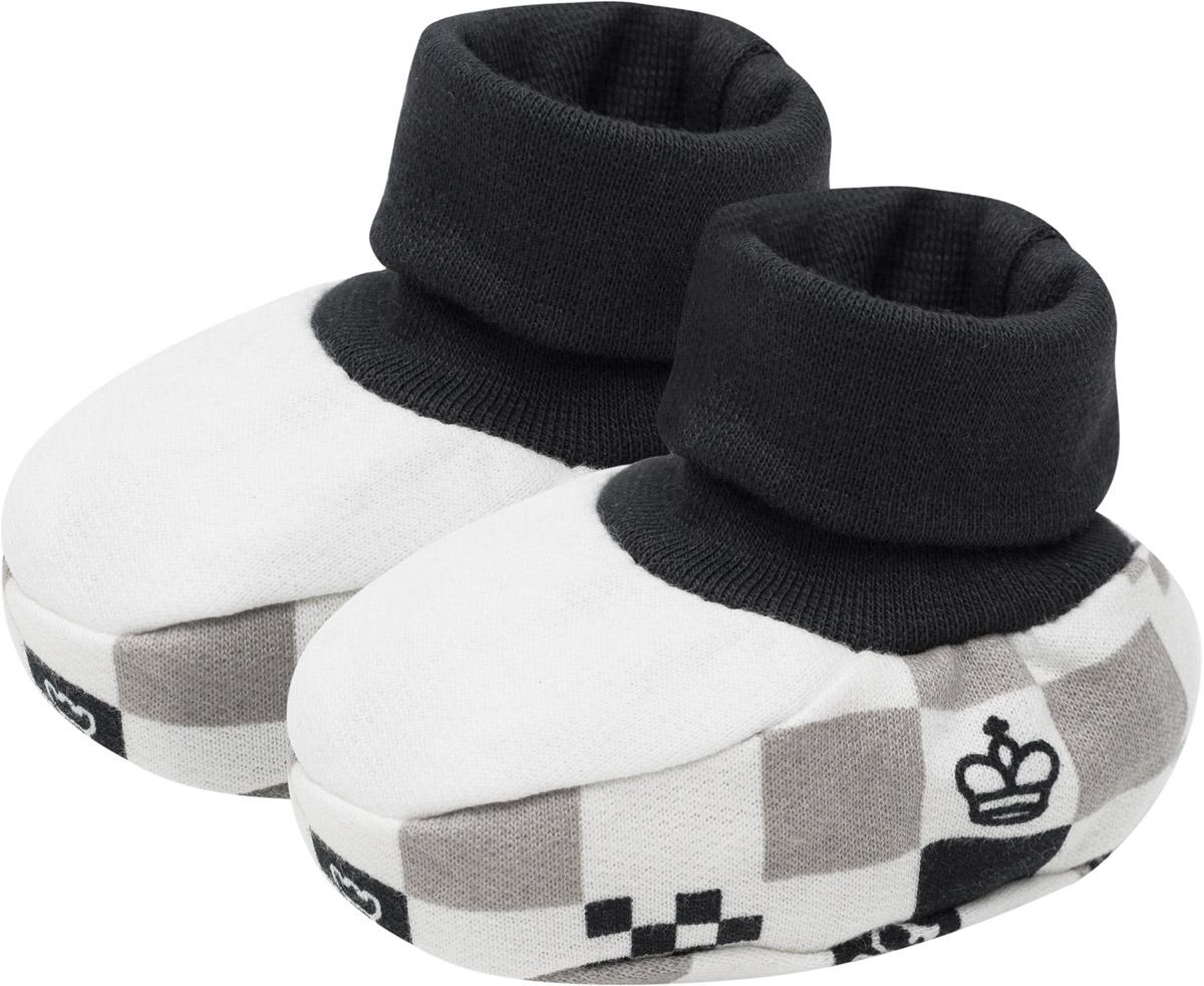 Пинетки29-29Детские мягкие пинетки Lucky Child помогут малышу начать совершать первые шаги и сохранят ножки в тепле. Пинетки полностью выполнены из натурального хлопка и дополнены мягкой текстильной резиночкой, что предотвратит их случайное сползание. Оформленные в оригинальных цветах, пинетки станут не только практичным приобретением, но и стильным акцентом.