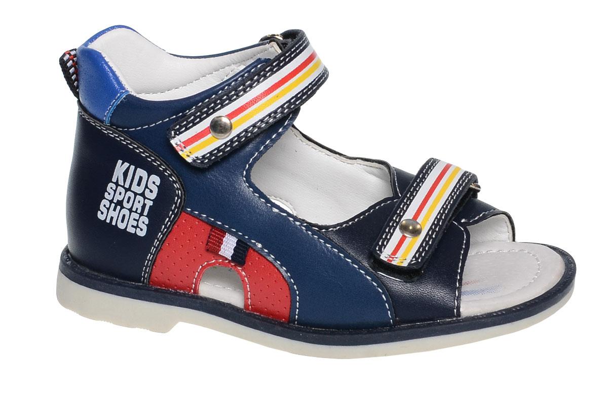 СандалииB-1065-AУдобные сандалии от Tom&Miki придутся по душе вашему мальчику. Модель выполнена из качественной комбинированной кожи. Внутренняя часть и стелька изготовлены из натуральной кожи. Ремешки с застежками-липучками прочно закрепят модель на ножке.
