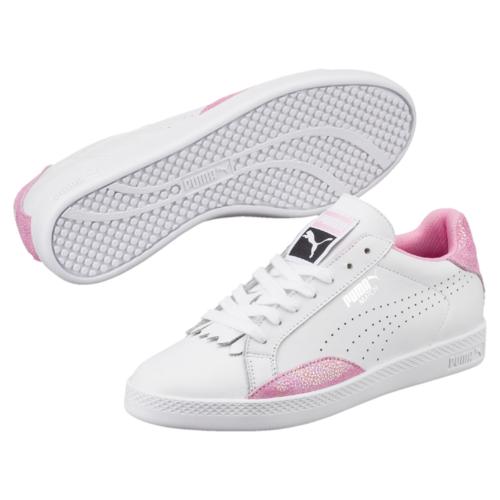 Кеды36272401Модель Match 74 сохраняет простоту и чистоту линий, свойственную классическим теннисным туфлям вообще, и, в частности, легендарным Puma Match коллекции 1974 года. Двойные кожаные накладки по бокам обеспечивают устойчивое положение стопы, так необходимое теннисисту. Кожаный верх простых и чистых цветов снабжен деталями контрастной отделки на заднике и внизу ближе к носку, а также дополнительную накладку на носке, благодаря которой модель в её сегодняшнем варианте приобрела универсальность отличной уличной обуви.