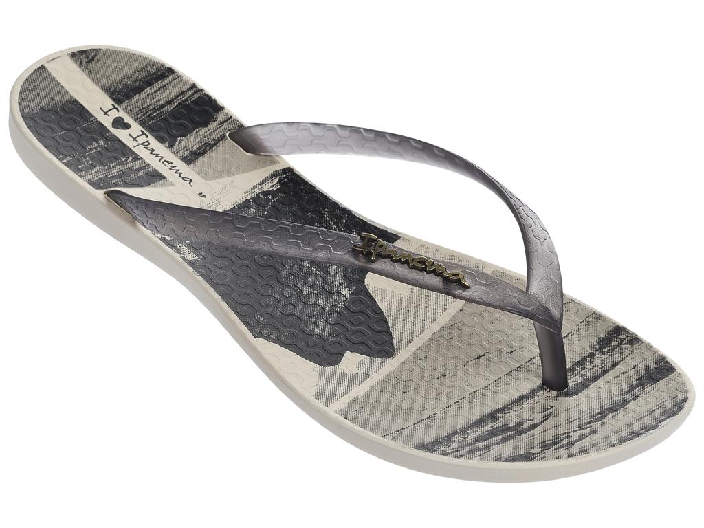 Сланцы82119-20837Стильные женские пантолеты, легкие и комфортные . Стелька модели украшена принтом.