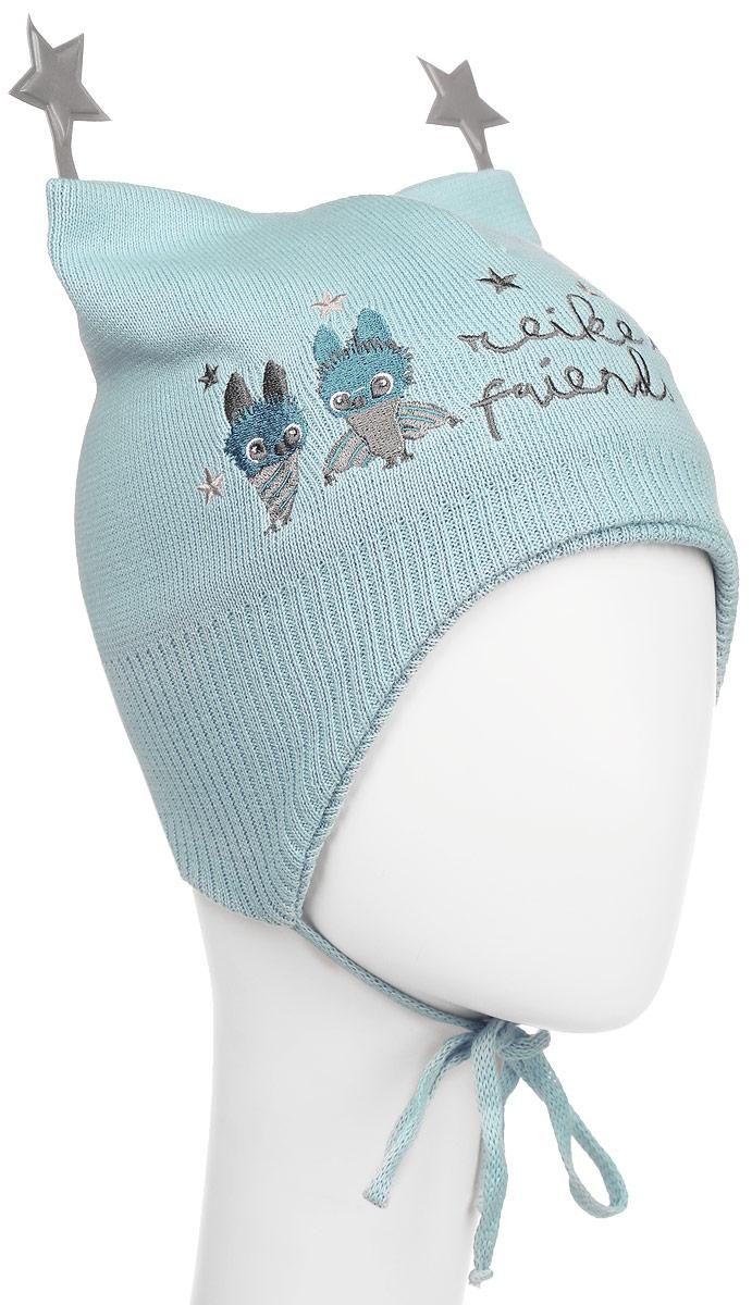 Шапка детскаяRKNSS17-BT1-YN_blueСтильная двухслойная шапка Reike Летучие Мышки, изготовленная из натурального хлопка мелкой вязки, защитит голову ребенка от ветра в прохладную погоду. Модель с удлиненными ушками оформлена вышитым принтом в стиле коллекции и дополнена светоотражающими элементами в виде звездочек. Изделие фиксируется на голове при помощи завязок. Уважаемые клиенты! Размер, доступный для заказа, является обхватом головы.