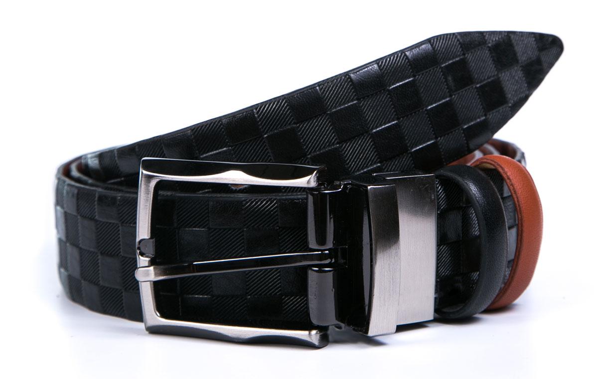 Ремень2350-2110-2120Мужской ремень Milana изготовлен из натуральной кожи. Прямоугольная пряжка выполнена из металла, она позволит легко и быстро зафиксировать ремень и отрегулировать его длину. Элегантный и строгий ремень превосходно сочетается с любыми нарядами. Уважаемые клиенты! Обращаем ваше внимание на тот факт, что размер ремня, доступный для заказа, является его длиной.