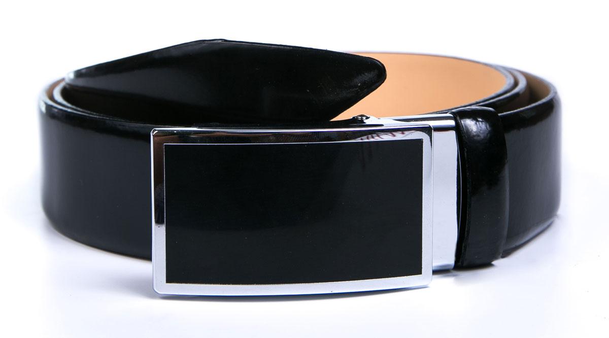 Ремень2350-3110s-0000Мужской ремень Milana изготовлен из натуральной кожи. Прямоугольная пряжка выполнена с каркасом из металла, она позволит легко и быстро зафиксировать ремень и отрегулировать его длину. Элегантный и строгий ремень превосходно сочетается с любыми нарядами. Уважаемые клиенты! Обращаем ваше внимание на тот факт, что размер ремня, доступный для заказа, является его длиной.