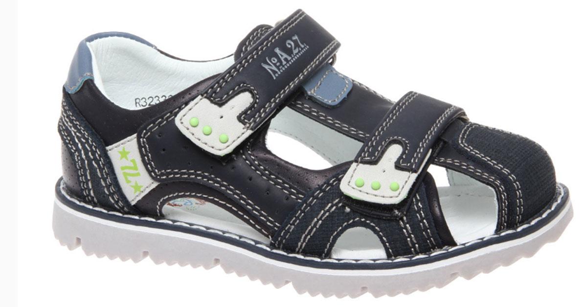 СандалииR323321001Стильные сандалии Сказка придутся по душе вашему моднику! Модель выполнена из искусственной и натуральной кожи. Обувь оформлена оригинальным принтом. Мягкая стелька с поверхностью из натуральной кожи. Удобные сандалии - необходимая вещь в гардеробе каждого ребенка.