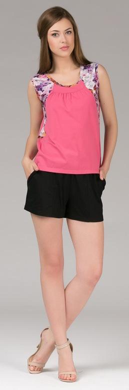 Комплект одежды396К1Женский костюм для дома и отдыха, состоит из футболки и брюк. Изготовлен из мягкого трикотажного материала.