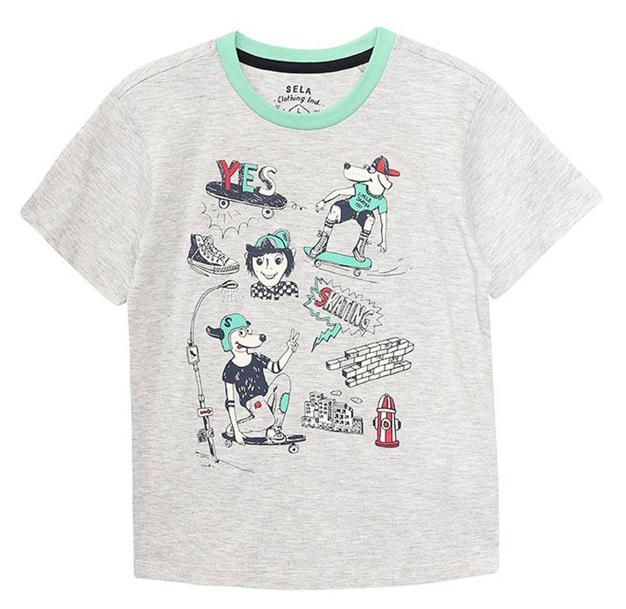ФутболкаTs-711/416-7122Стильная футболка для мальчика Sela изготовлена из натурального хлопка и оформлена оригинальным принтом. Воротник дополнен мягкой трикотажной резинкой контрастного цвета. Яркий цвет модели позволяет создавать модные образы.