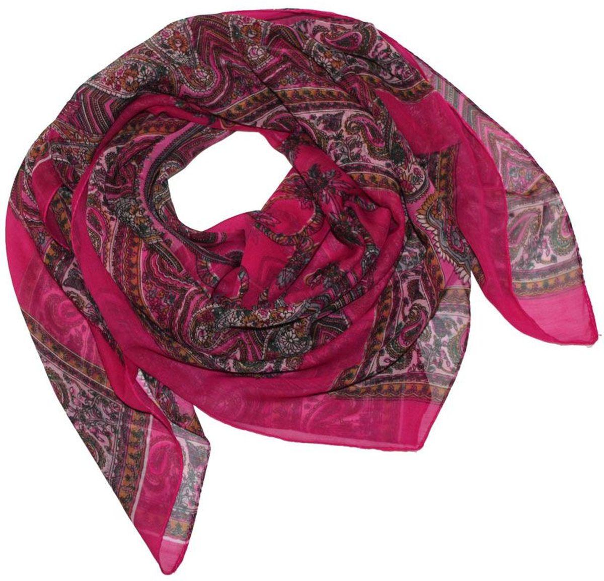 Платок524040нПлаток Ethnica, выполненный из вискозы, гармонично дополнит образ современной женщины. Благодаря своему составу, он легкий, мягкий и приятный на ощупь. Модель оформлена оригинальным принтом. Классическая квадратная форма позволяет носить платок на шее, украшать им прическу или декорировать сумочку. С таким платком вы всегда будете выглядеть женственно и привлекательно.