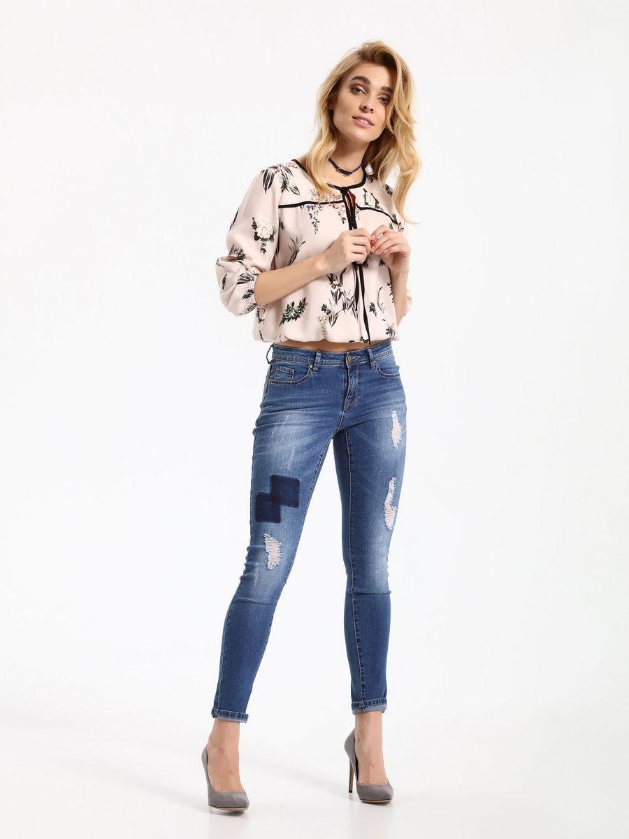 БлузкаSBD0685JRБлузка женская Top Secret выполнена из вискозы. Модель с круглым вырезом горловины и рукавами 3/4.