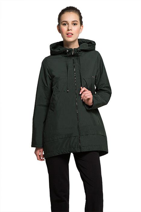 ВетровкаAL-3127Удлиненная куртка-плащ Grishko с капюшоном актуального трапециевидного силуэта выполнена из плотного материала с хлопковым эффектом и гладкой подкладкой. Модель с застежкой-молнией, удобным регулируемым капюшоном и высокими модными карманами по линии талии, закрытыми планкой на кнопках. Эта универсальная модель - незаменимая вещь для городских будней и активных выходных за городом.
