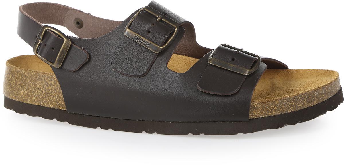 Сандалии7.01.2Модные сандалии от Ortmann придутся по вам по душе. Модель изготовлена из натуральной кожи. Ремешки с застежками-пряжками прочно закрепят обувь на ноге и отрегулируют нужный объем. Стелька из натуральной замши, дополненная логотипом бренда, комфортна при движении. Подошва с рифлением обеспечивает отличное сцепление с поверхностью. Практичные и стильные сандалии займут достойное место в вашем гардеробе.