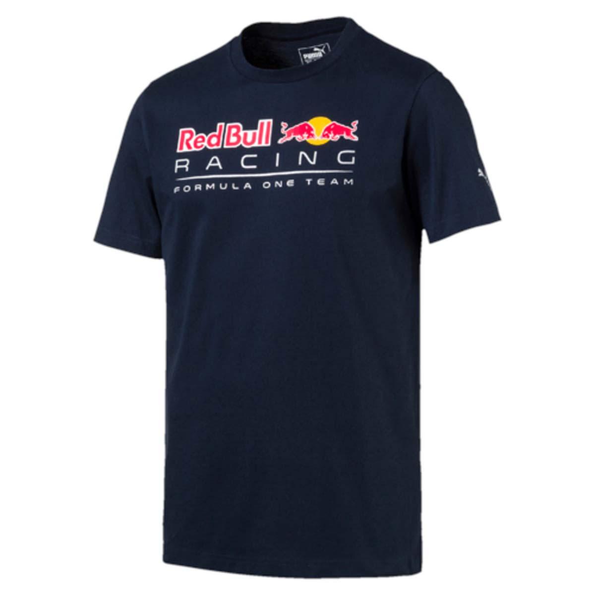 Футболка572747_01Футболка мужская RBR Logo Tee выполнена из чистого хлопка и отличается хорошей воздухопроницаемостью. Изделие имеет классический крой, круглый вырез горловины и короткие рукава. Спереди модель украшена логотипом Red Bull Racing, на левом рукаве имеется логотип PUMA. Такая футболка незаменима для любителей автоспорта.