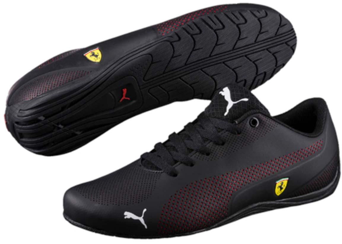 Кроссовки30592101Модель Puma SF Drift Cat 5 Ultra - стильная новинка серии Drift Cat, давно полюбившейся энтузиастам автоспорта. Благодаря ей эта линейка спортивной обуви пополнилась оригинальной моделью низких кроссовок с чистыми, простыми линиями. Верх из мягкой искусственной кожи сконструирован таким образом, чтобы фирменная полоса с наружной стороны с мелкой перфорацией и рельефные элементы с обеих сторон создавали интересный контраст. Традиционная символика Ferrari, включая полноцветный логотип Ferrari, отделку задника тесьмой цветов итальянского флага и соответствующую фирменную цветовую гамму, делает эту модель непременным атрибутом гардероба поклонников классического стиля, оживленного современными оригинальными деталями.