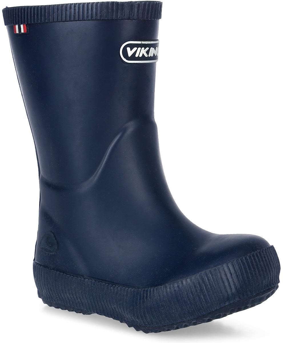 Резиновые сапоги1.13200.00005Модные резиновые сапоги от Viking - идеальная обувь в дождливую погоду для вашего мальчика. Модель лаконичного дизайна оформлена эмблемой с названием бренда. Внутренняя поверхность и стелька, выполненные из синтетического материала со скрученными волокнами, способствующими поддержанию тепла, комфортны при ходьбе. Подошва с протектором гарантирует отличное сцепление с любой поверхностью. Резиновые сапоги - необходимая вещь в гардеробе каждого мальчика.