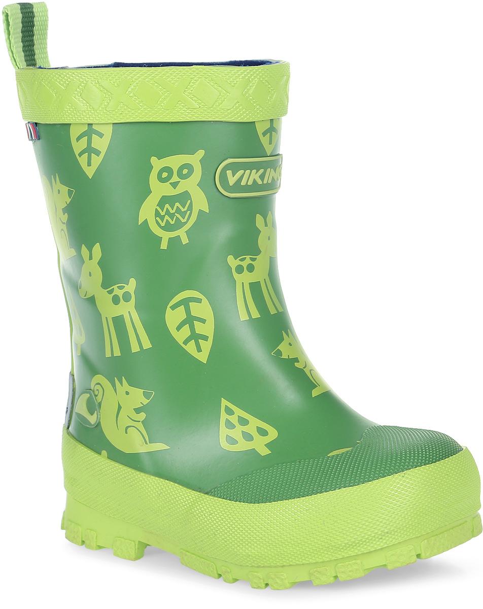 Резиновые сапоги1-17110-00450Модные резиновые сапоги от Viking - идеальная обувь в дождливую погоду для вашего мальчика. Модель с противоударным носком оформлена изображением зверей и эмблемой с названием бренда. Внутренняя поверхность и стелька, выполненные из синтетического материала со скрученными волокнами, способствующими поддержанию тепла, комфортны при ходьбе. Ярлычок на заднике облегчает обувание модели. Подошва с протектором гарантирует отличное сцепление с любой поверхностью. Резиновые сапоги - необходимая вещь в гардеробе каждого мальчика.