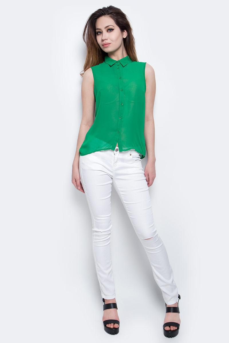 Блузка11403158-5/42539/4500NЖенская блузка без рукавов oodji Ultra выполнена из прозрачного полиэстера. Модель с отложным воротничком полностью застегивается на пуговицы. Спинка длиннее передней части блузки.