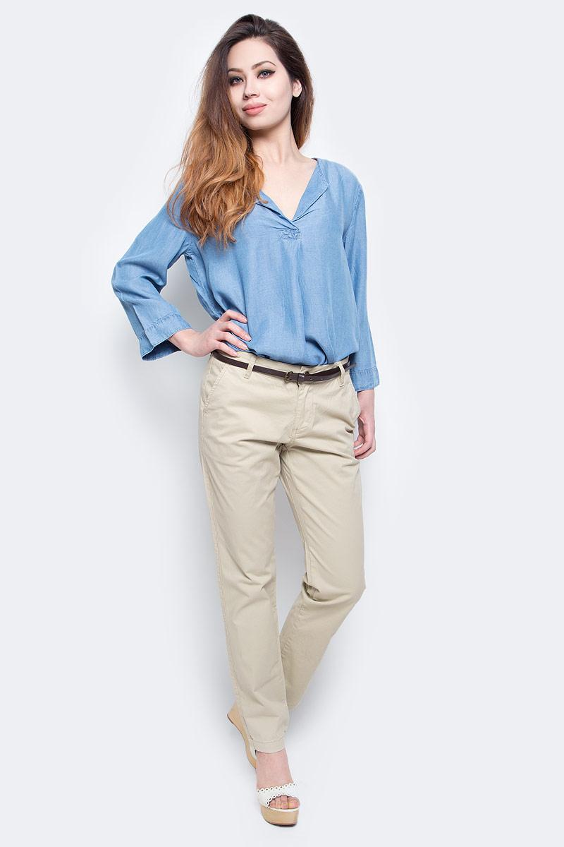 БрюкиB297045_Dark NavyСтильные женские брюки Baon выполнены из эластичного хлопка. Модель чинос стандартной посадки застегивается на ширинку с застежкой-молнией, а также на пуговицу в поясе. Брюки оснащены двумя боковыми карманами спереди и двумя втачными карманами сзади. В комплекте тонкий ремешок из искусственной кожи. Модные брюки помогут создать эффектный образ.