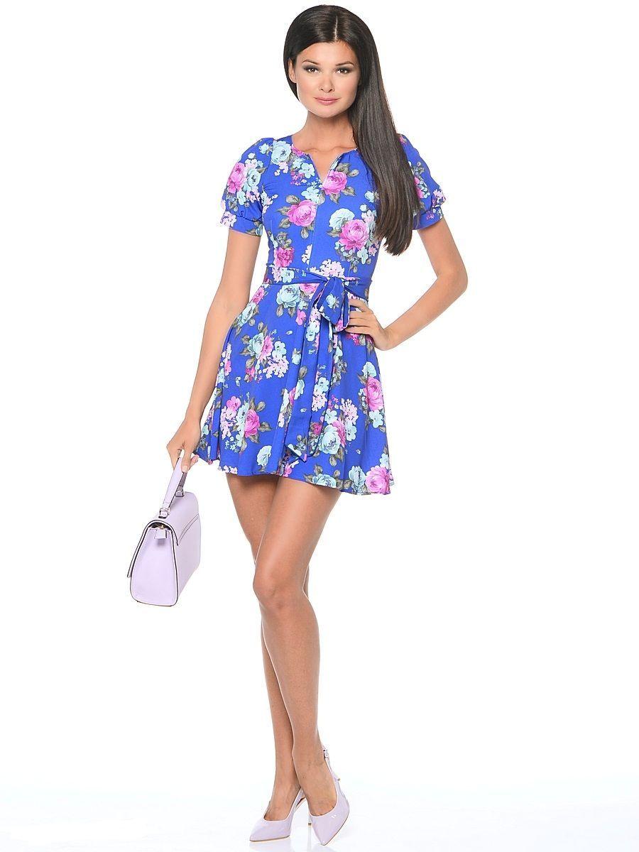 ПлатьеWD-2478FПлатье прилегающего силуэта, с короткими рукавами со сборками в виде фонарика, отрезное по линии талии, с фигурным вырезом горловины. Юбка расклешенная, со съемным поясом.