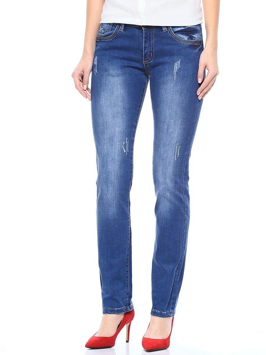 ДжинсыWZ-1656CСтильные женские джинсы Milton выполнены из хлопка с добавлением полиэстера и спандекса. Материал мягкий на ощупь, не сковывает движения и позволяет коже дышать. На поясе предусмотрены шлевки для ремня. Джинсы со средней посадкой застегиваются на пуговицу в поясе и ширинку на застежке-молнии.