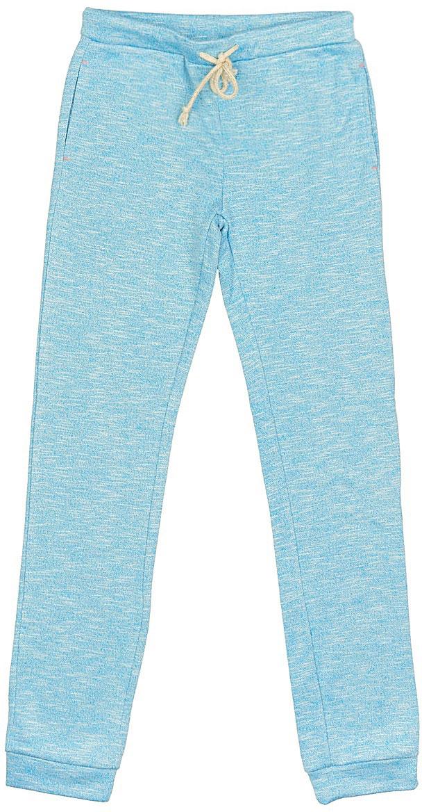 Брюки спортивныеPk-615/127A-7122Удобные спортивные брюки для девочки Sela выполнены из качественного хлопкового материала и дополнены двумя прорезными карманами. Брюки прямого кроя и стандартной посадки на талии имеют широкий пояс на мягкой резинке, дополнительно регулируемый шнурком. Низ брючин дополнен мягкими трикотажными манжетами.