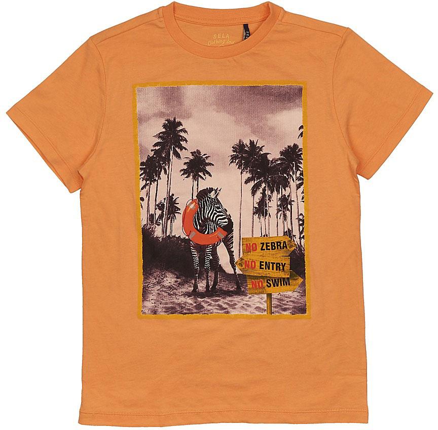 ФутболкаTs-811/581-7214Стильная футболка для мальчика Sela изготовлена из натурального хлопка и оформлена оригинальным принтом. Воротник дополнен мягкой трикотажной резинкой. Яркий цвет модели позволяет создавать модные образы.
